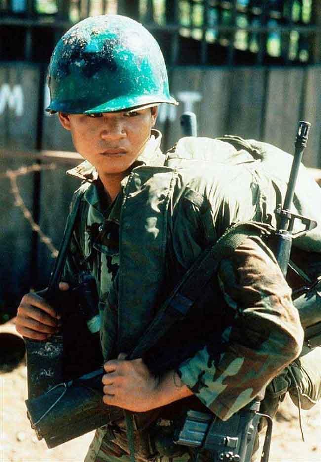 Tháng Tư, đọc vài bài thơ lính của Cái Trọng Ty và Nguyễn Phúc Sông Hương - Trần Doãn Nho